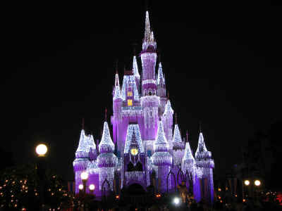 Cinderella Castle looks great this year!