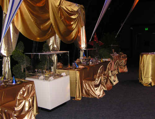 Set for dinner at the palace - everything was gold!